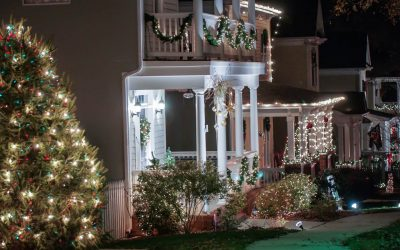 5 Tips for Safe Holiday Decorating